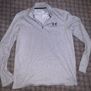 Under Armour men's medium $20 GREAT CONDITION.